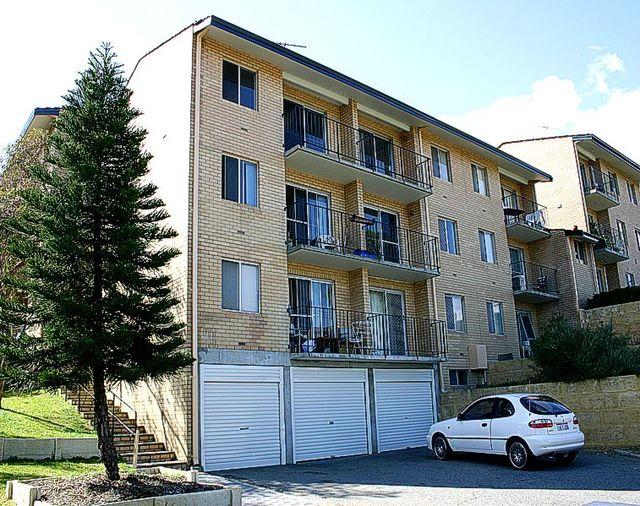 12/2 Russell Avenue, North Perth WA 6006