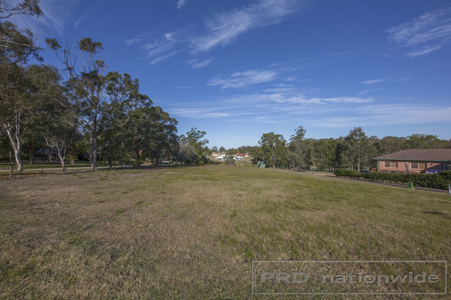 7 Largs Avenue, Largs NSW 2320