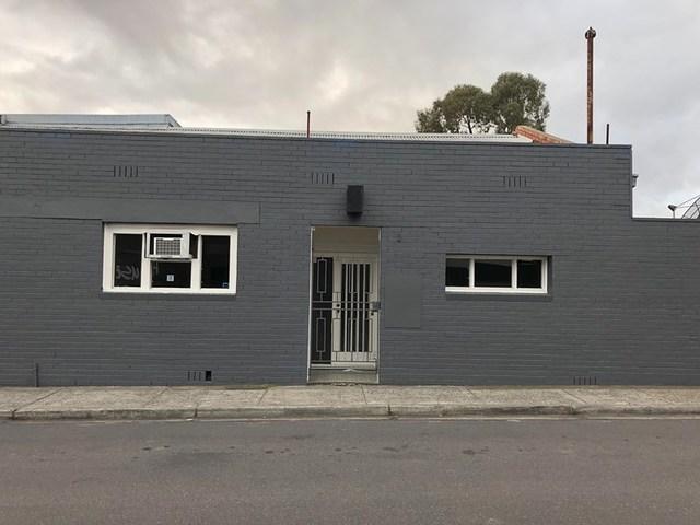 Rear/137 Station Street, Fairfield VIC 3078