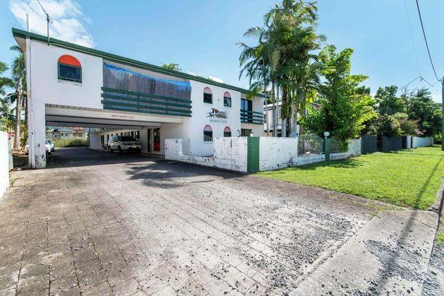 99 Digger Street, Cairns North QLD 4870