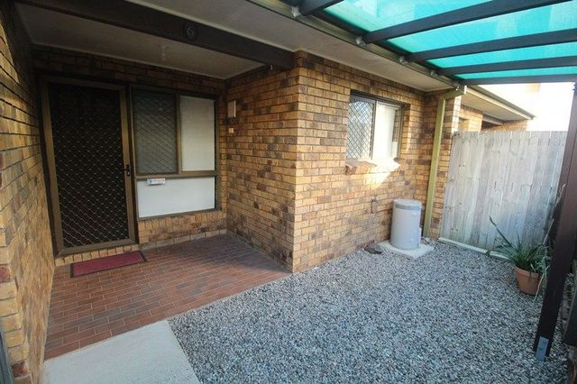 6/1 Rock Street, Scarborough QLD 4020