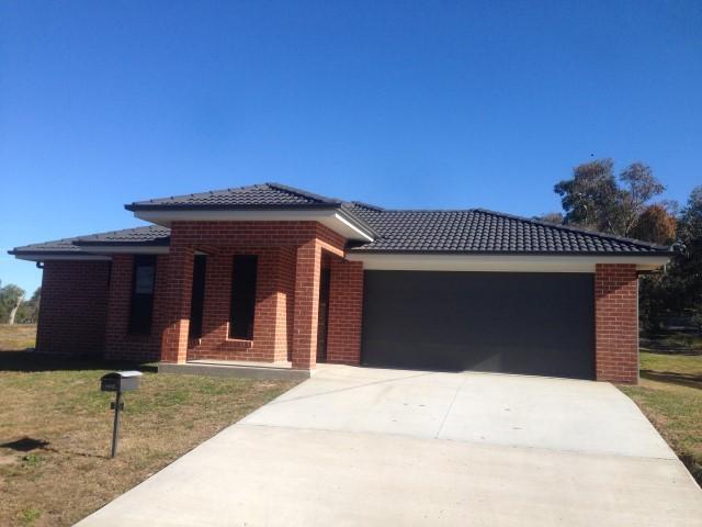 Lot 2/15 Bradley Street, Grenfell NSW 2810