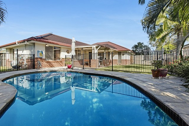 23 Chesterfield Crescent, Wellington Point QLD 4160