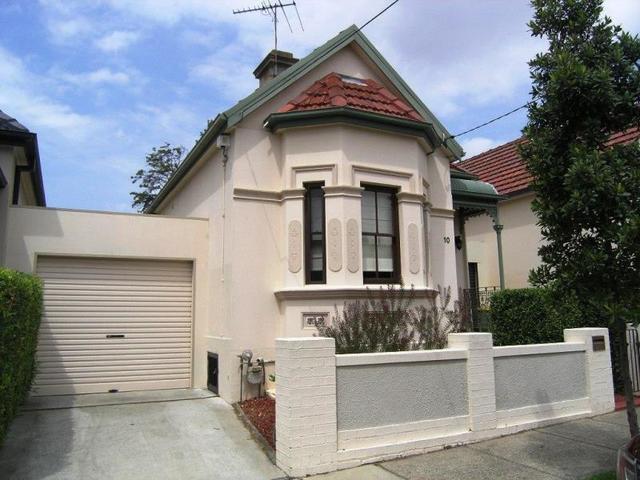 10 Cromwell Street, NSW 2132