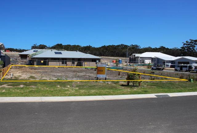 9 (Lot 105) Bimbla Avenue, NSW 2539