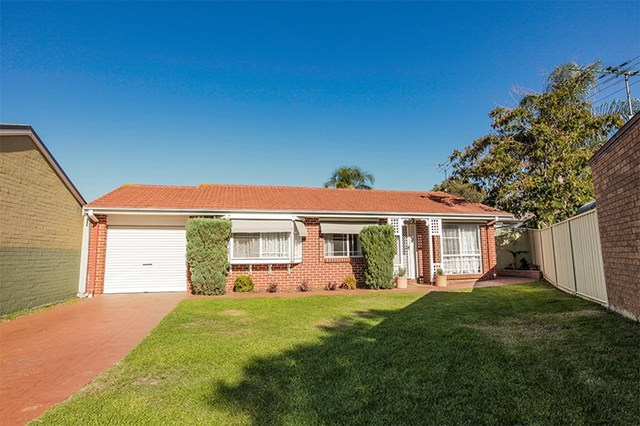 19 Eliott Place, Campbelltown NSW 2560