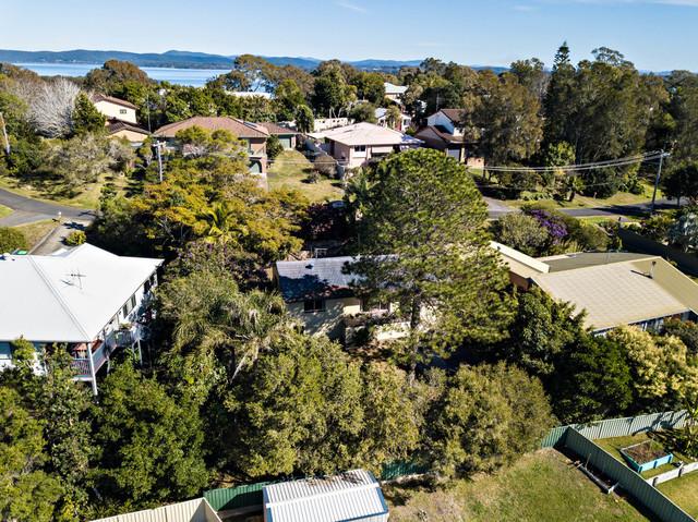 10 Lucas Avenue, Green Point NSW 2428