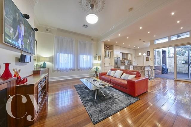 2 Carnac Street, Fremantle WA 6160