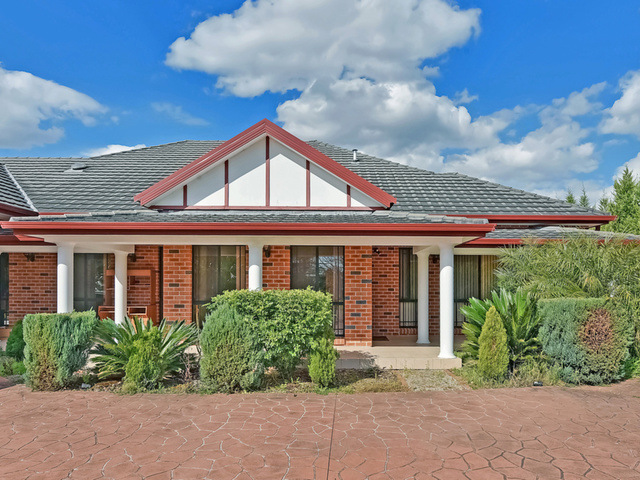 1/1385 Old Northern Road, Middle Dural NSW 2158