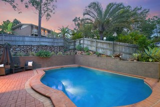 15 Windjana Court