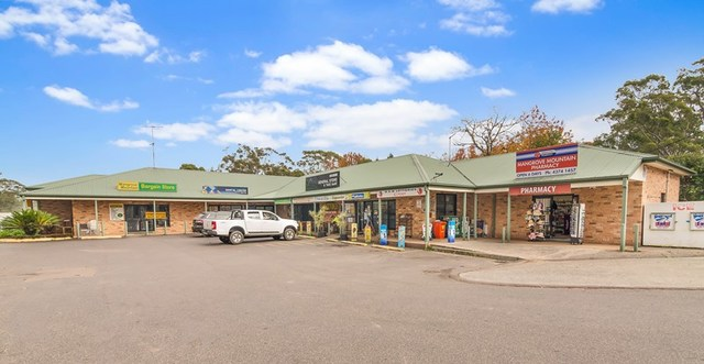 1 Waratah Rd, Mangrove Mountain NSW 2250