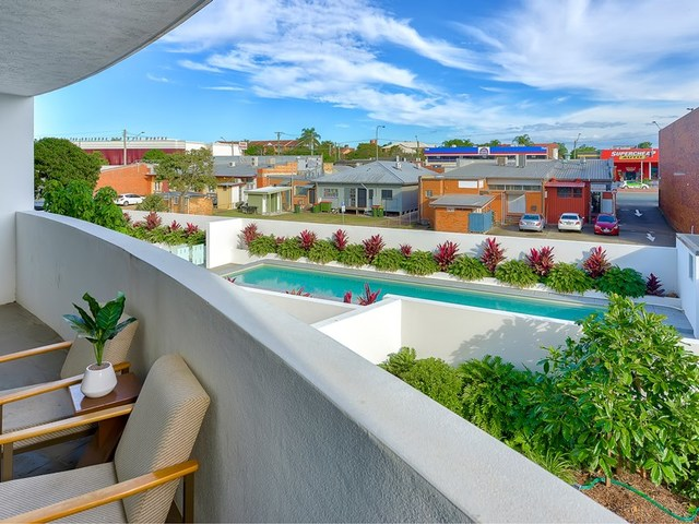 39 Thomas Street, Chermside QLD 4032
