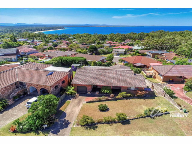 12 Whitshed Place, NSW 2540