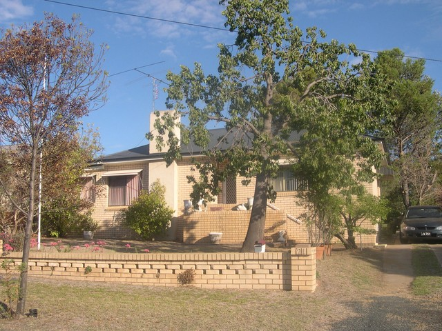 21 South Street, Grenfell NSW 2810