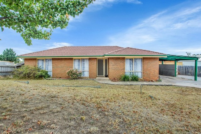 4 Dowling Court, Sunbury VIC 3429