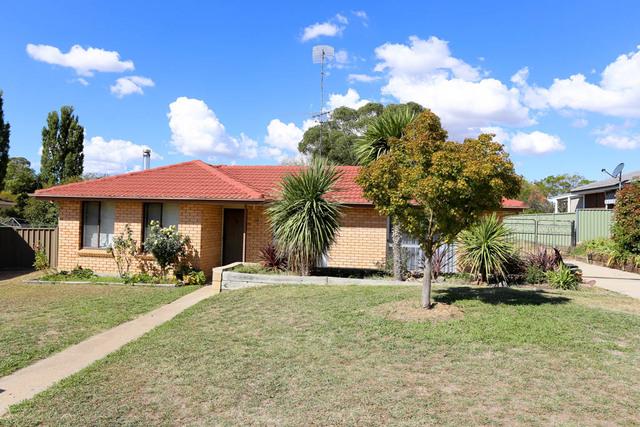 10 Willman Place, South Bathurst NSW 2795