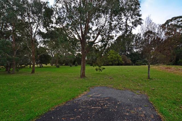 42-44 Burrawang Street, Robertson NSW 2577
