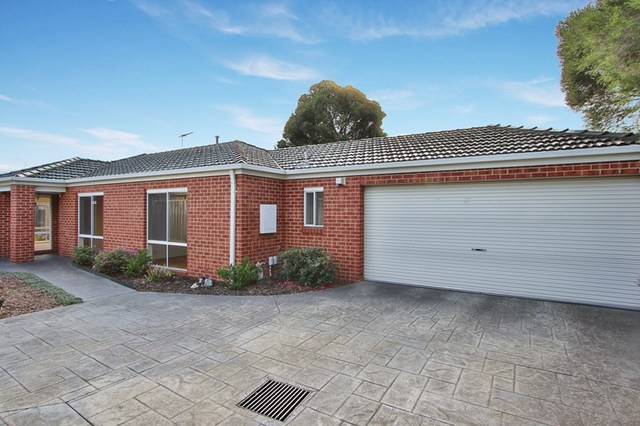 2/21 Pine Way, Doncaster East VIC 3109