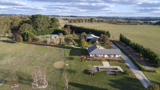 2136 Woodhouselee Road Roslyn -, Crookwell NSW 2583
