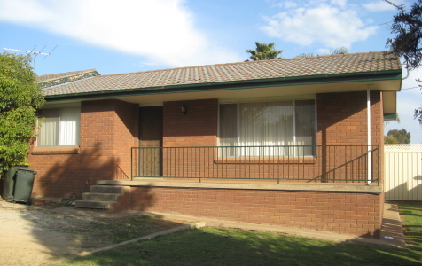 2/51 Lachlan Street, Young NSW 2594