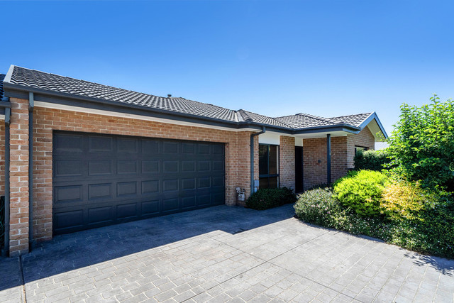 1/12 Redwater Place, ACT 2914
