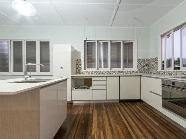 6 Elizabeth Street, QLD 4800