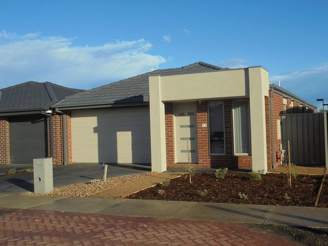 3 Nassella Close, Kurunjang VIC 3337