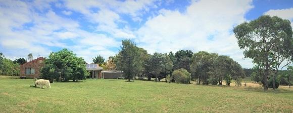 2/338 Weeroona Drive, Wamboin NSW 2620