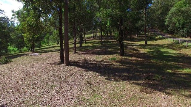 87 Gold Creek Road, Brookfield QLD 4069