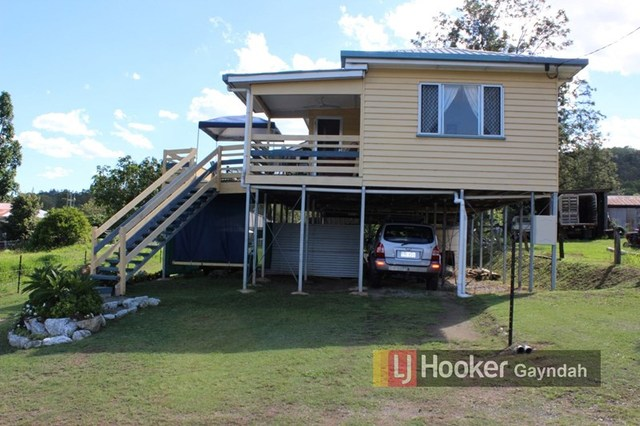 26 Heusman Street, Mount Perry QLD 4671