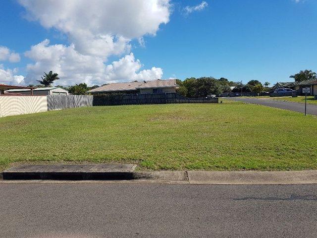 2 King Richard Court, Urangan QLD 4655