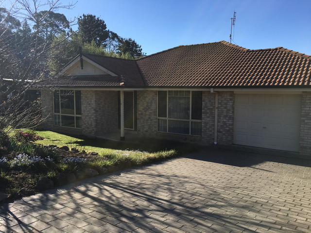 10 Betula Grove, Bundanoon NSW 2578