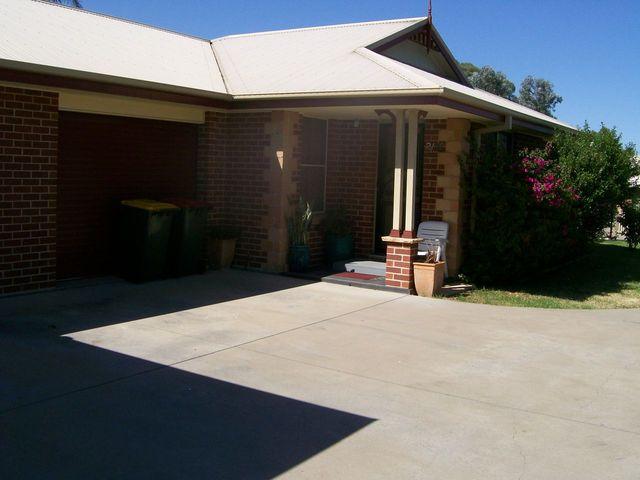 2/36 Satur Road, Scone NSW 2337