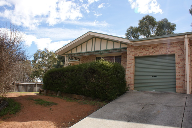 9A Russell Drysdale Crescent, ACT 2906