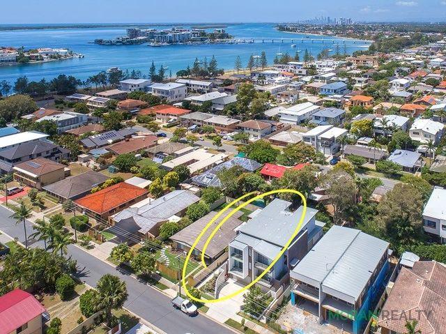 1/24 Drake Avenue, Paradise Point QLD 4216