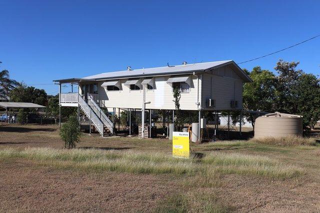26 Leichhardt Street, Mundubbera QLD 4626