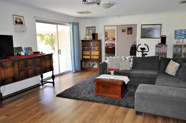 2 Albert Street, Cootamundra NSW 2590