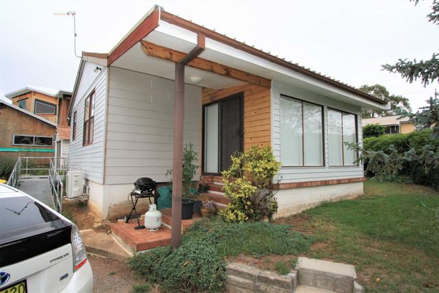 1 Attunga Place, NSW 2630