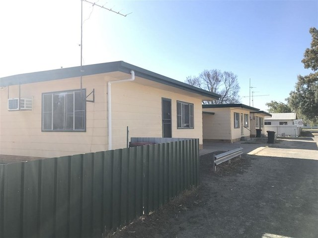 1-3/385 Balaclava Street, Hay NSW 2711