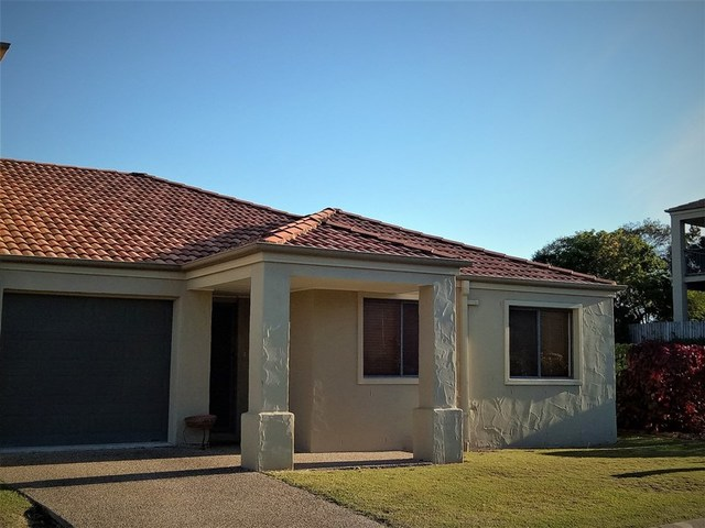 42/1-15 Santa Isobel Blvd, Pacific Pines QLD 4211