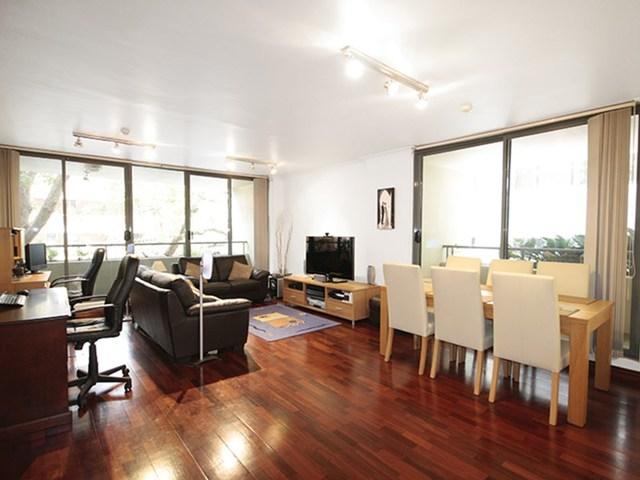 M04/37-39 McLaren Street, North Sydney NSW 2060