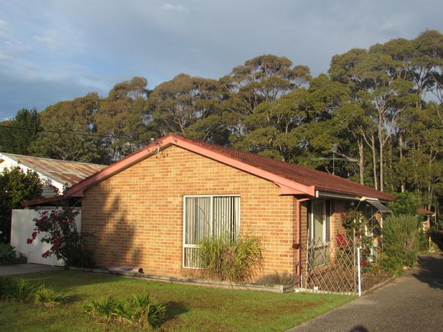 17A Goolara Avenue, Dalmeny NSW 2546