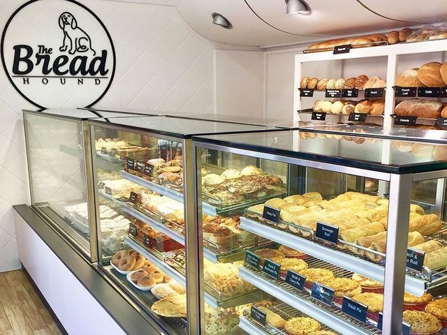 - Independent Bakery With Coffee., St Lucia QLD 4067