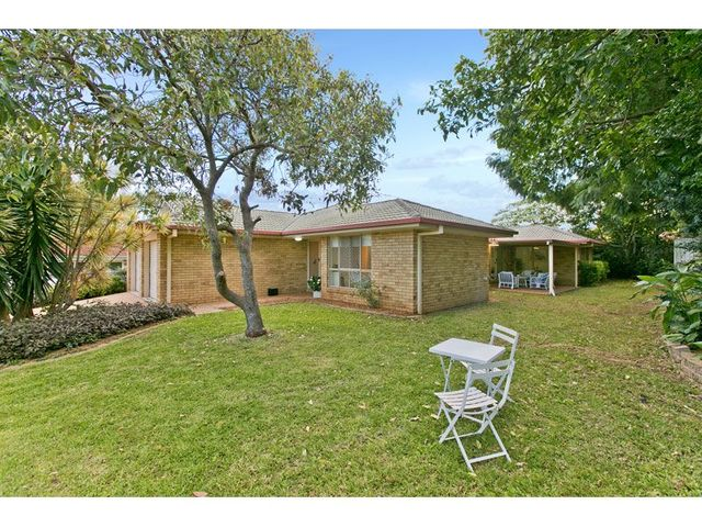 31 Manor Drive, Wellington Point QLD 4160