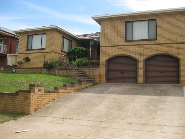80 Amaroo Street, Kooringal NSW 2650