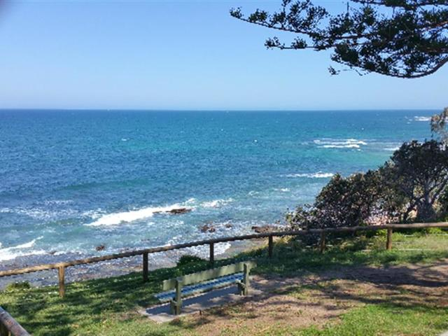 23 Seaview Tce, Moffat Beach QLD 4551