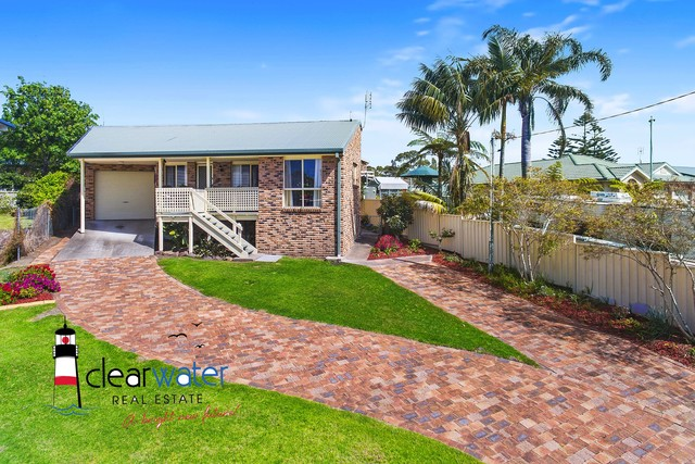 23 Coogee St, Tuross Head NSW 2537