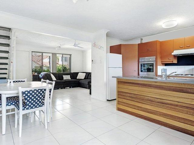 4/51 Cottesloe Drive, Robina QLD 4226