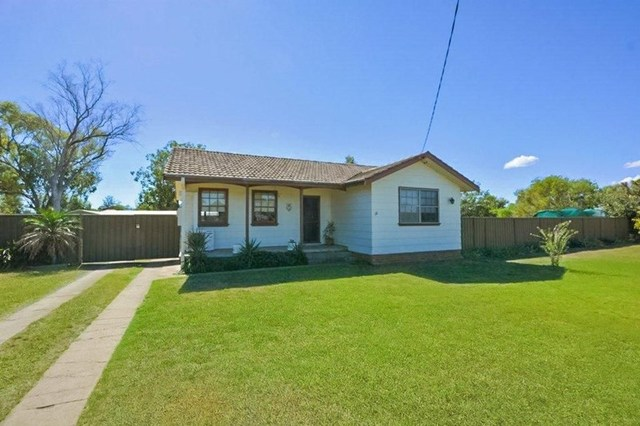 10 - 12 Pine Street, Curlewis NSW 2381