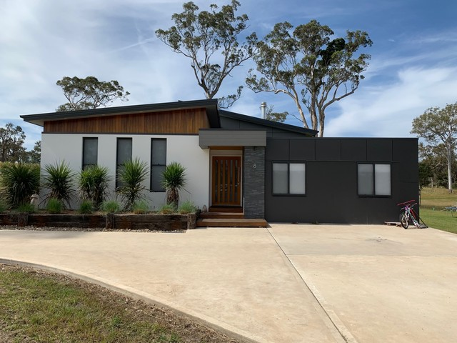 8 Newlyns Place, NSW 2550